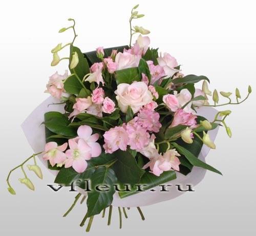 букет розовых орхидей и роз