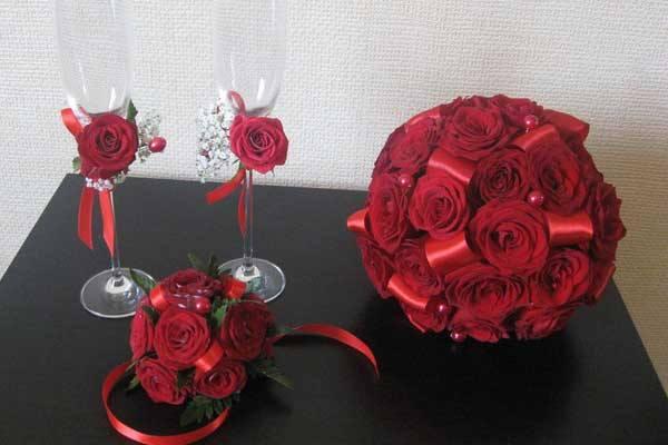 свадебный букет из красных цветов