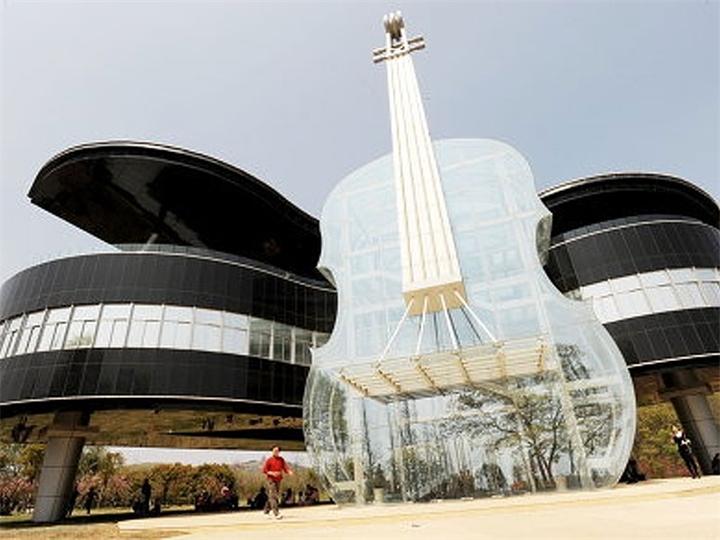 самая необычная архитектура