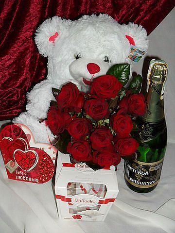 Оригинальный подарок девушке на 8 марта купить цветы в ульяновске оптом урицкого