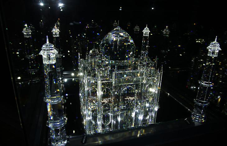 изделия из камней Сваровски