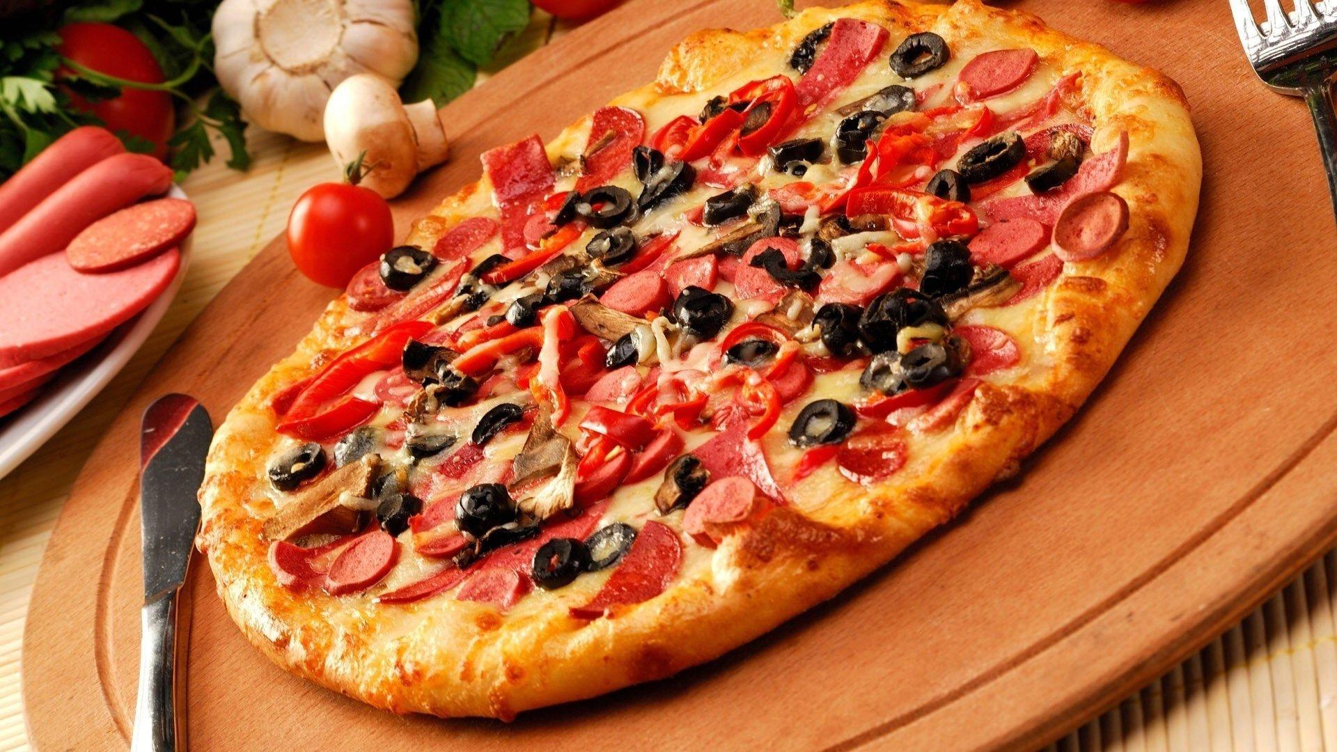 вкусная пицца в ресторане «Иль Патио»