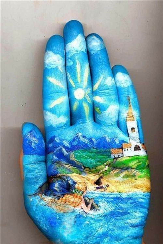 современное искусство на руке