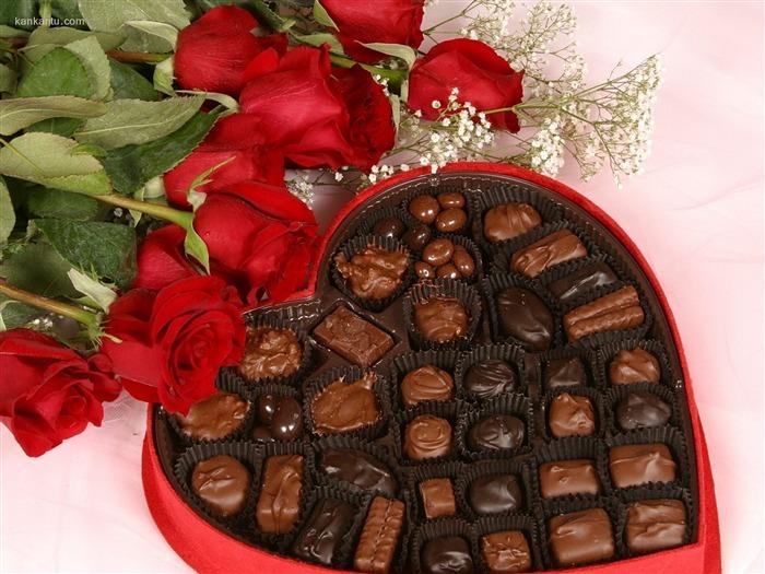 цветы и сладости - отличный подарок на 8 марта