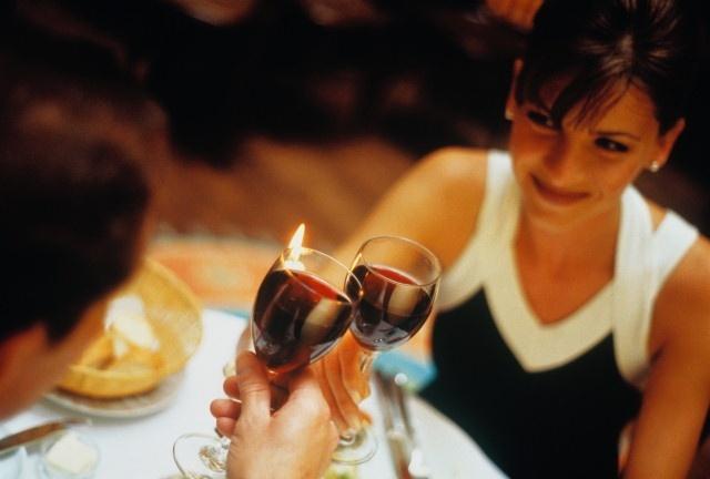 Романтический ужин - отличный подарок на 8 марта