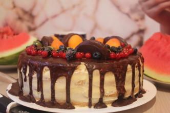 Вкусный торт на день рождения
