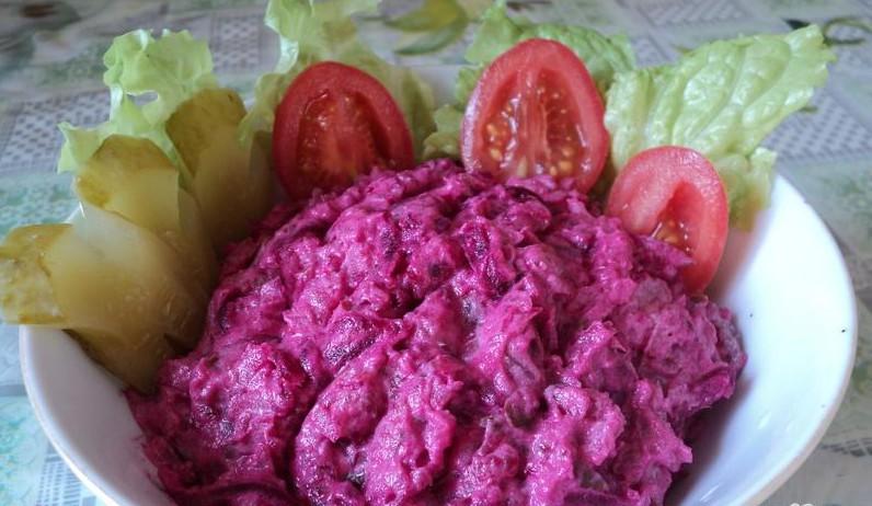 диетический салат из варенной свеклы